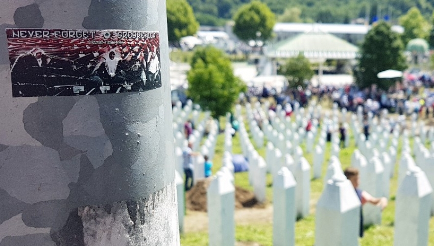 Poezija: Srebrenice naša