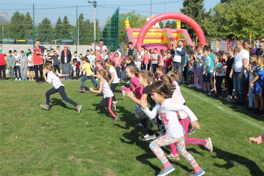Mostar: Preko hiljadu učesnika na ovogodišnjoj mektepskoj olimpijadi