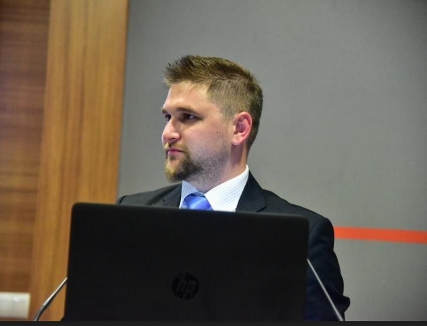 Doktorirao Hikmet Karčić