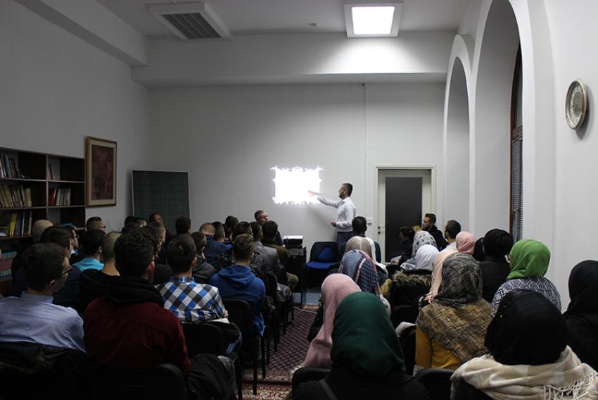 Program za mlade u Istiqlal džamiji