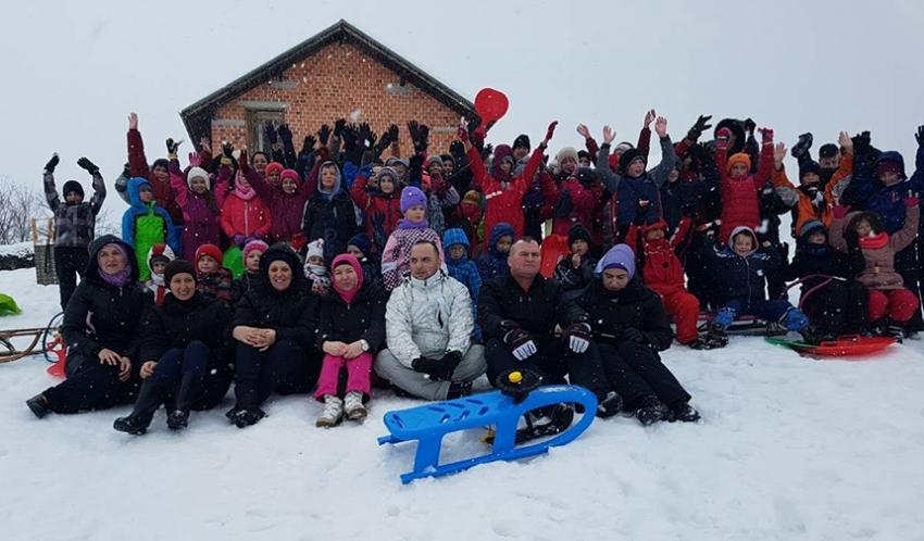 Bosanska Krupa: Zajednički zimski izlet učenika
