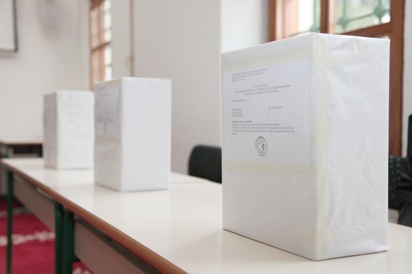 Izbori u IZ: Ko i kako može glasati