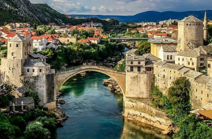 Mostar: Upis u školu islama za žene