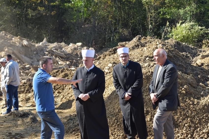 Posjeta lokalitetu nove grobnice u naselju Rizvanovići u Prijedoru
