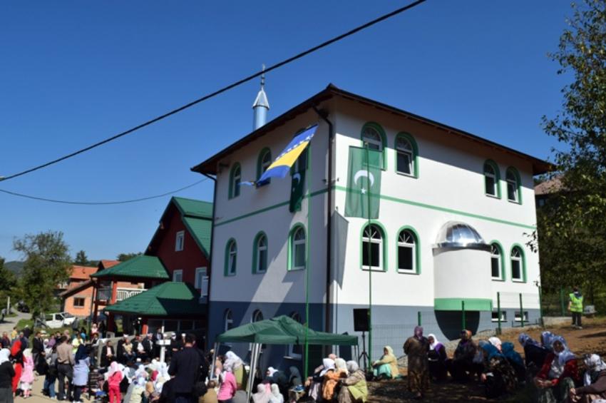 Bratunac: Otvoren mesdžid i omladinski centar u Burnicama