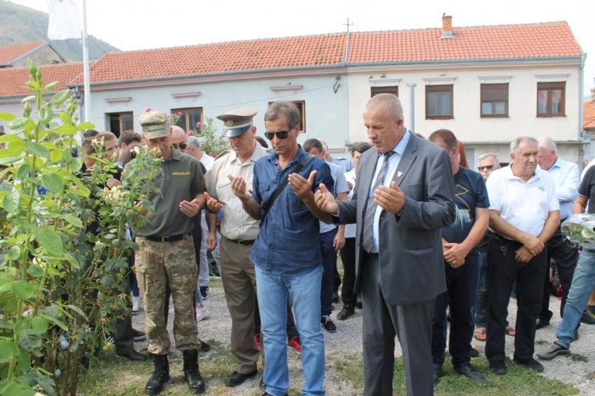 Sjećanje na komandante Miralema Jugu i Husu Imamovića