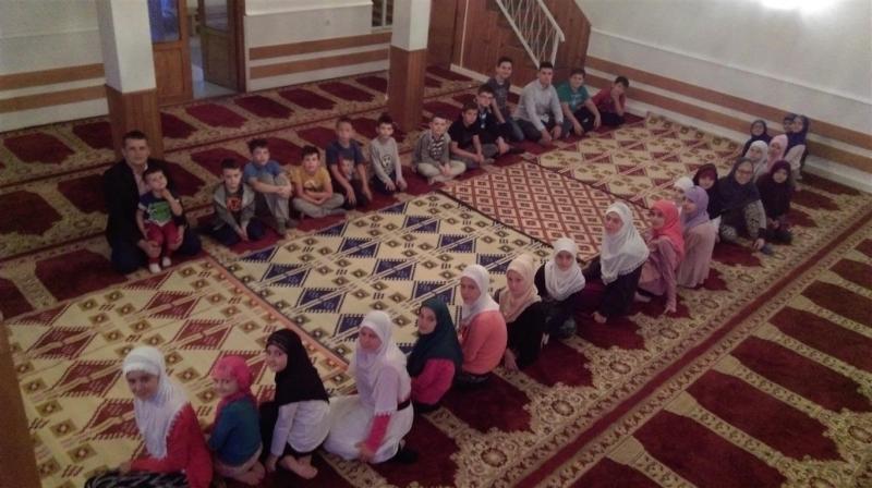 U Podgoranima održan iftar za polaznike mektepske pouke