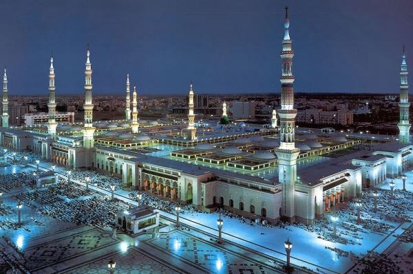 Preko 100 ulaza za Poslanikovu džamiju