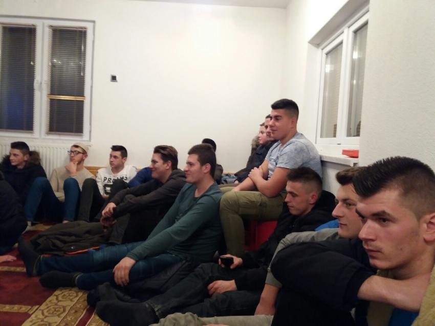 mreža za druženje u zajednici