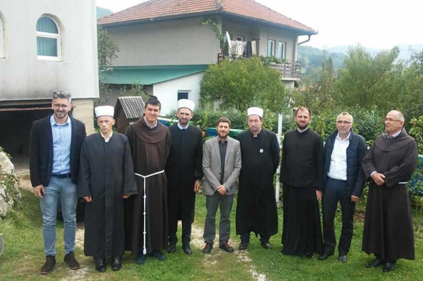 Predstavnici Međureligijskog vijeća BiH posjetili imama u Duhrima kod Kiseljaka