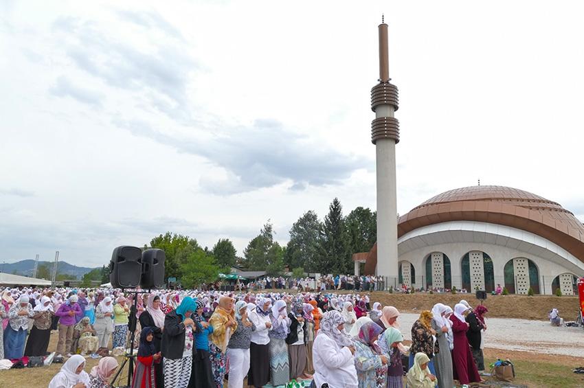 Sarajevo dobilo prelijepu džamiju: Otvorena Centralna džamija na Ilidži