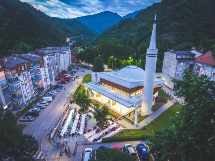Omladinski iftar u Jablanici