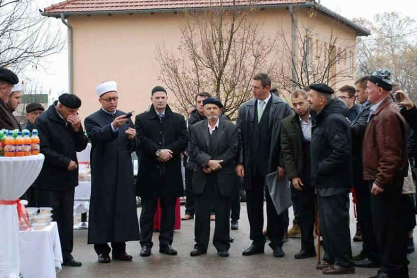 Sarajevski džemat Teftedarin do: Izgrađeni mekteb, imamski stan i šehidska česma