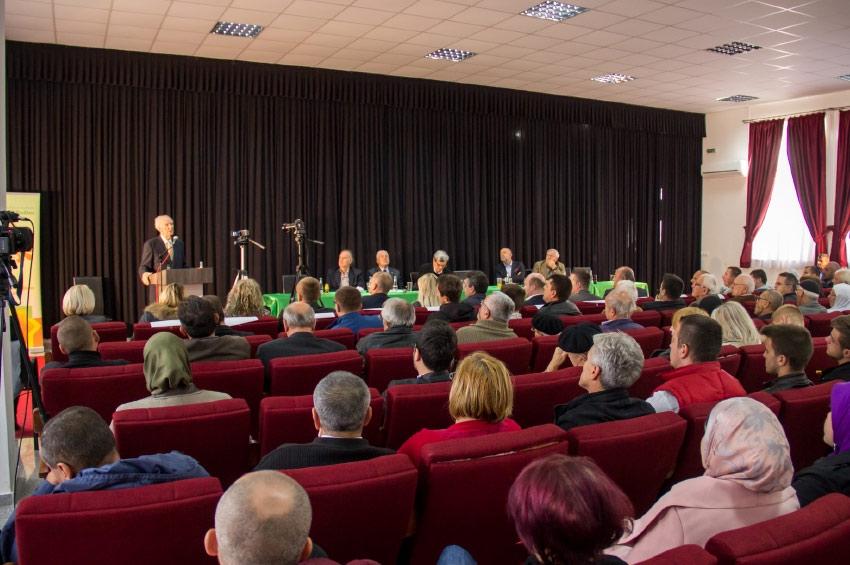 Simpozij u Bužimu:  Odgovornost za kulturu bošnjačkog naroda