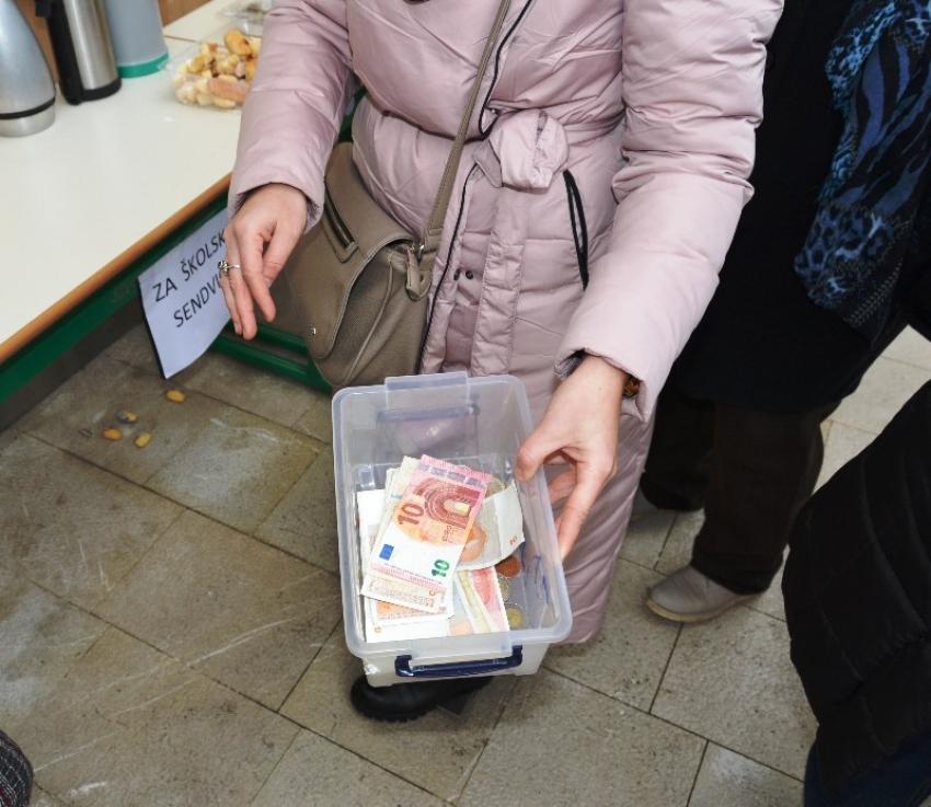 Medžlis Livno: Besplatni školski sendviči za 25 djece u Livnu