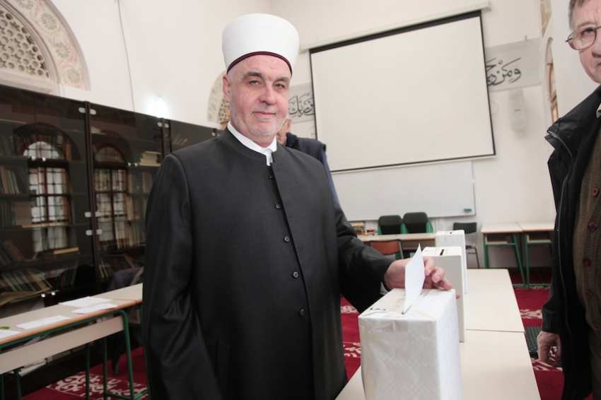 Reisu-l-ulema nakon glasanja: Učešće mladih je jako važno